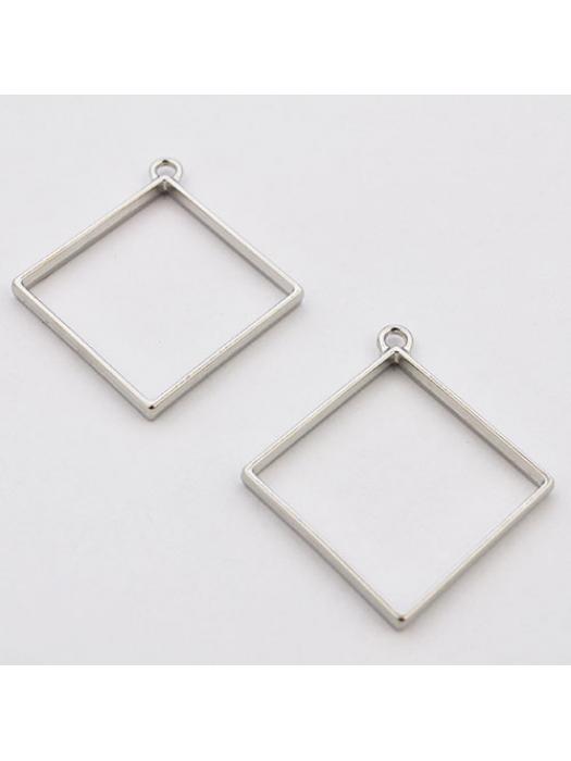 Pendant  link silver rhombus